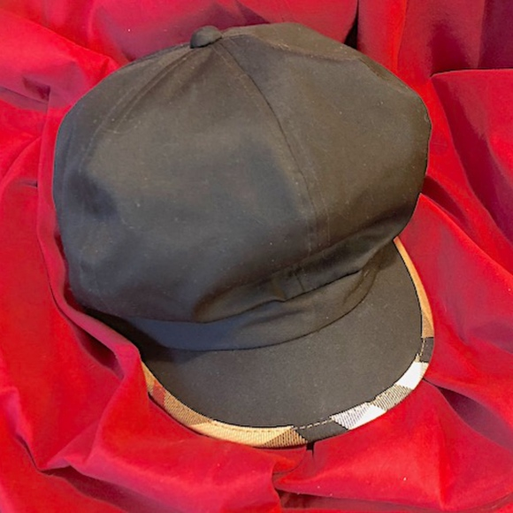 63d2904ebbd94 Burberry Accessories | New Newsboy Hat | Poshmark